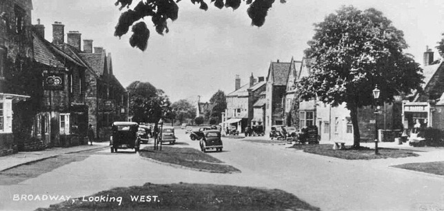 worcestershire, broadway looking west in the 1930s 2